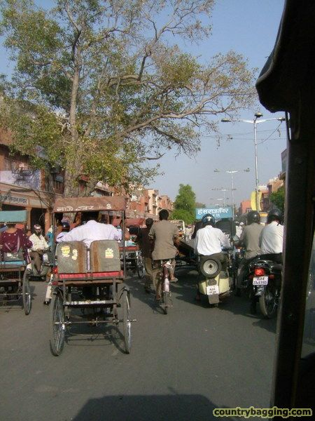 Rush Hour, Jaipur - www.countrybagging.com
