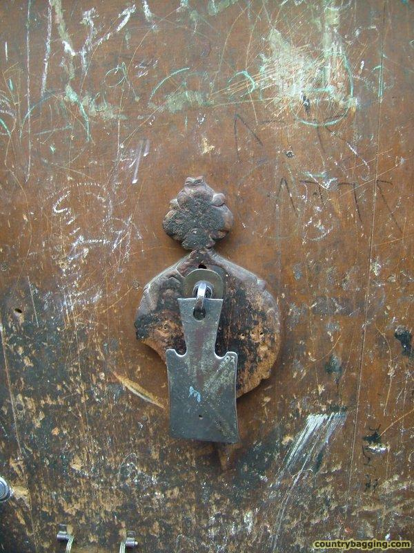 Door Knocker - www.countrybagging.com