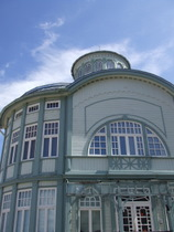 Bathhouse in Jurmala - www.countrybagging.com