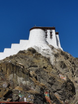 Potala Palace - www.countrybagging.com