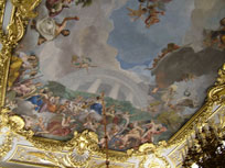 Ceiling in the Royal Palace - www.countrybagging.com