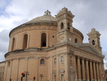Mosta Cathedral - www.countrybagging.com
