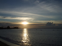 Sunset over Tahiti - countrybagging.com